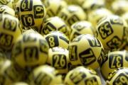 Daň z výher budou zřejmě platit i hráči a nemine ani státní loterie