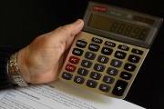 Daňové přiznání podalo více poplatníků, jednodušší formulář pomohl