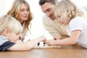 Daňové zvýhodnění na druhé, třetí a každé další dítě v rodině je od července 2021 vyšší a vyšší jsou i přídavky na děti