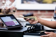 Elektronická evidence tržeb se odkládá až do roku 2023