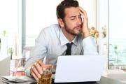 Hrubé porušení pracovní kázně kvůli alkoholu či návykovým látkám se dnes dost často z nutnosti přehlíží