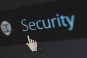 Internetové bankovnictví a platba kartou potřebují péči a ochranu