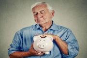 Muži spoření na důchod nevěnují tak velkou pozornost jako ženy