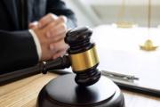 Novela daňových zákonů, která zavedla zdanění technických rezerv pojišťoven či různé zdanění výher z loterií a tombol se podle Ústavního soudu rušit nebude