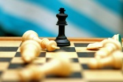 Nový pomocník při riziku hazardu, OSVČ a peníze v důchodu, změna dodavatele elektřiny