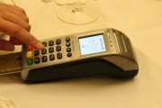 Ochrana platby si může vyžádat PIN i u drobné transakce