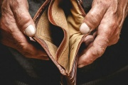 Oddlužení nebude pro nejchudší, senátní úpravy neprošly