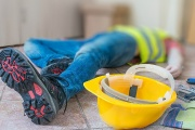 Odškodnění zaměstnance za bolest a ztížené společenské uplatnění je součástí dědictví