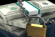 Okamžité převody peněz mezi bankami si vyžádají silnější zabezpečení u bank i větší obezřetnost klientů
