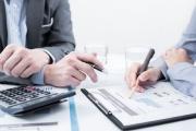 Podání přiznání a úhrada daně s poradcem dává také šanci splnit povinnost bez pokuty i opozdilcům