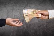 Podnikatelský úvěr může být nebezpečný, pokud je sjednán s nekvalifikovaným zprostředkovatelem