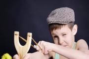 Pojistit dítě na odpovědnost za škody při střídavé péči rodičů může být problém