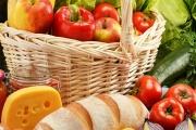 Povinnost prodávat stále více české potraviny se má ještě dále zpřesňovat