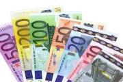 Přeshraniční platby v eurech budou možná levnější a přehlednější