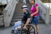 Příspěvek na péči by se měl od roku 2019 zvýšit lidem se třetím a čtvrtým stupněm závislosti