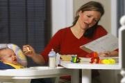 Přiznání k dani je občas nutné podat i na rodičovské dovolené