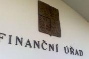 Prodloužená otevírací doba finančních úřadů v poslední den pro přiznání