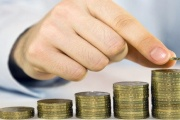 Průměrná mzda v letošním prvním čtvrtletí vzrostla, avšak důvod k optimismu to příliš neznamená