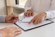 S dohodou o pracovní činnosti je možné mít standardní zaměstnání až na poloviční úvazek, když se zaměstnavateli nechce uzavírat pracovní poměr
