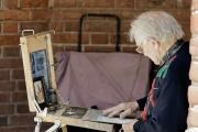 Starobní a vdovský důchod lze pobírat současně, ale nelze mít oba důchody v plné výši