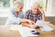 Starobní důchody by v lednu 2020 měly možná znovu vzrůst až o 900 Kč