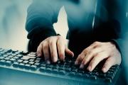 Účetní a finanční pracovníci se musí nevyhnutelně vzdělávat v oblasti digitálních technologií, aby dovedli čelit hrozbě digitální a ekonomické kriminality