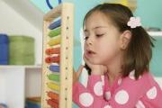 Uplatnění školkovného se rodičům vyplatí promyslet, aby vrátilo maximum možného