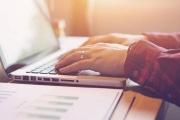 Upravená novela daňového řádu znovu bojuje za online finanční úřad, prominutí pokuty za zpožděné tvrzení daně i další změny