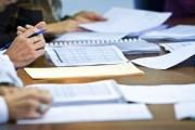 V přivýdělku k zaměstnání, slevě na poplatníka i rozjezdu podnikání je třeba se orientovat