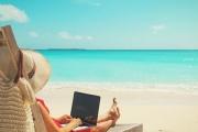 Za dovolenou může zaměstnanec dostat dokonce vyšší mzdu, než když běžně celý měsíc pracuje
